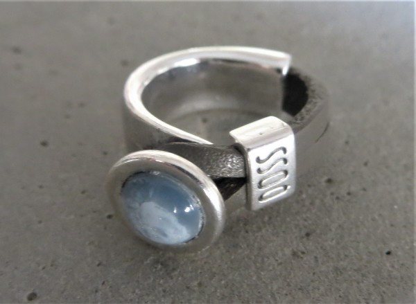 QOSS Fingerring GWEN Taupe-Eisblau M