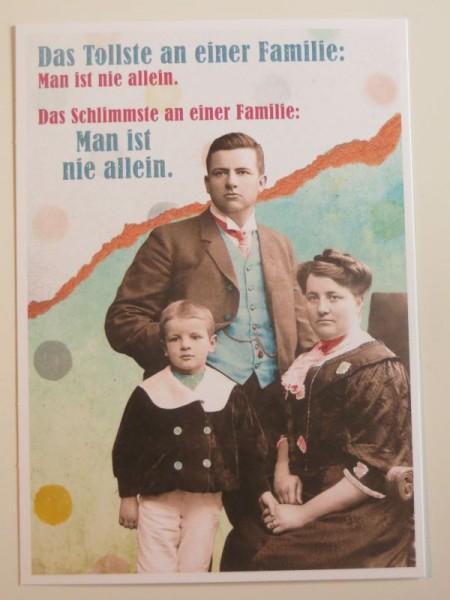 """Postkarte Karte """"Das Tollste an einer Familie: Man ist nie allein..."""" Paloma"""