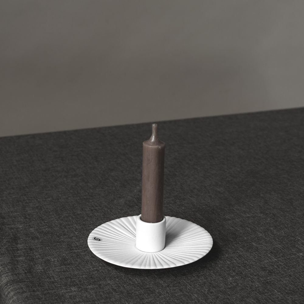 Nützlichdekoration - HOLMBY Kerzenhalter für Stabkerzen 12 cm Weiß Storefactory - Onlineshop Tante Emmer