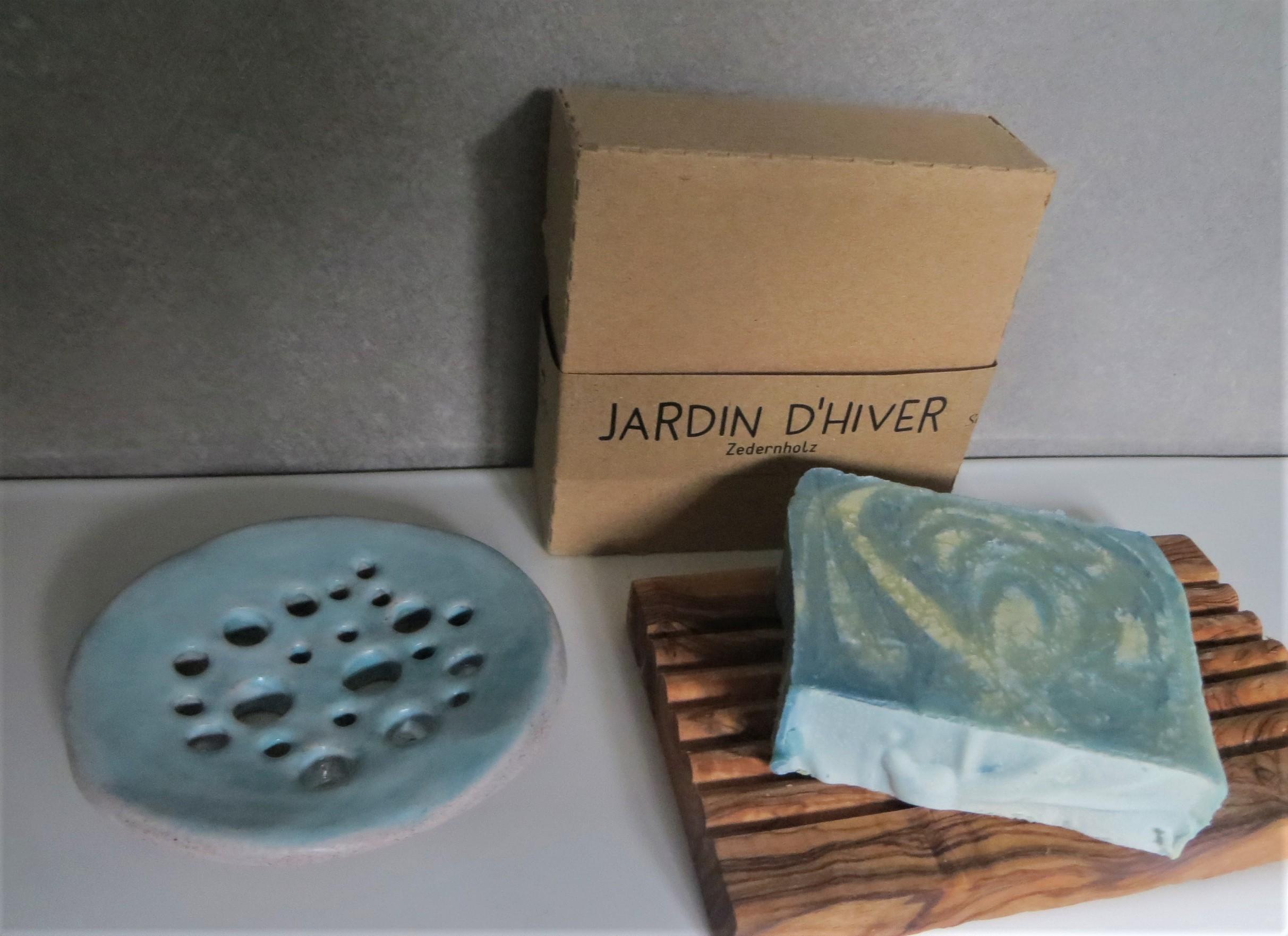 Nützlichwellness - Seife JARDIN DHIVER Feige Brombeere Zedernholz - Onlineshop Tante Emmer