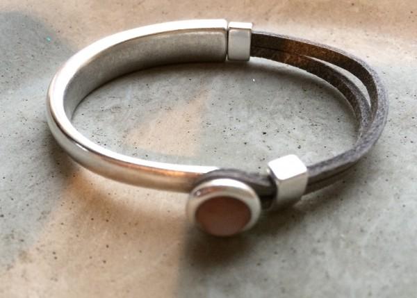 QOSS Armband EVA Vintage-Schwarz/ Magnolia S
