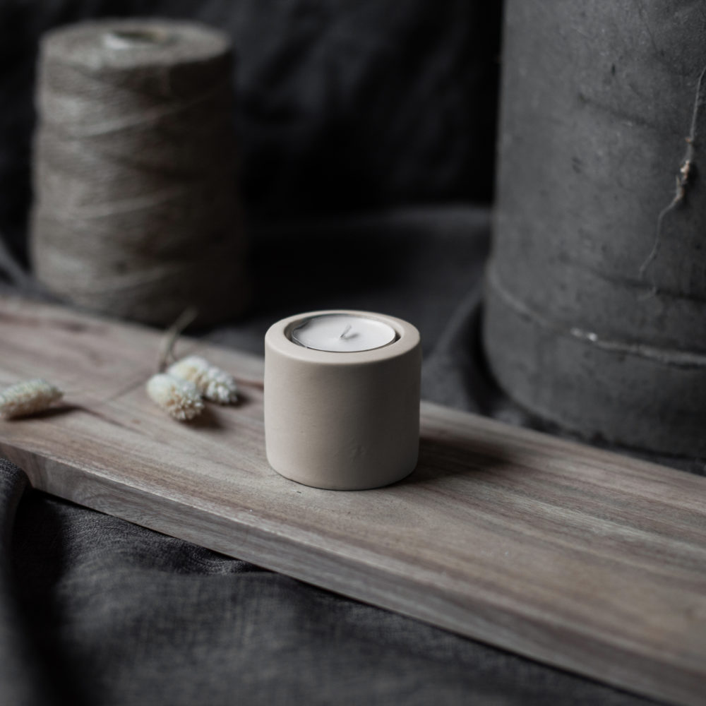 Nützlichdekoration - LEKVALL Kerzenhalter Teelichthalter Beige S 6 cm Storefactory - Onlineshop Tante Emmer