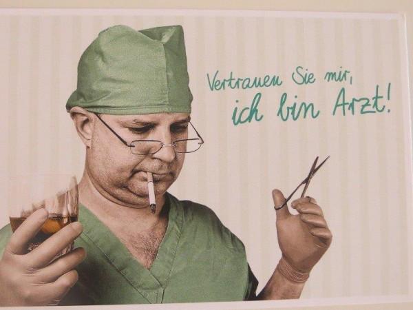 """Postkarte Karte """"Vertrauen Sie mir, ich bin Arzt!"""" Paloma"""