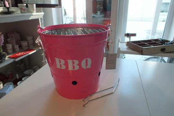 Barbecue Grill neon pink Bloomingville