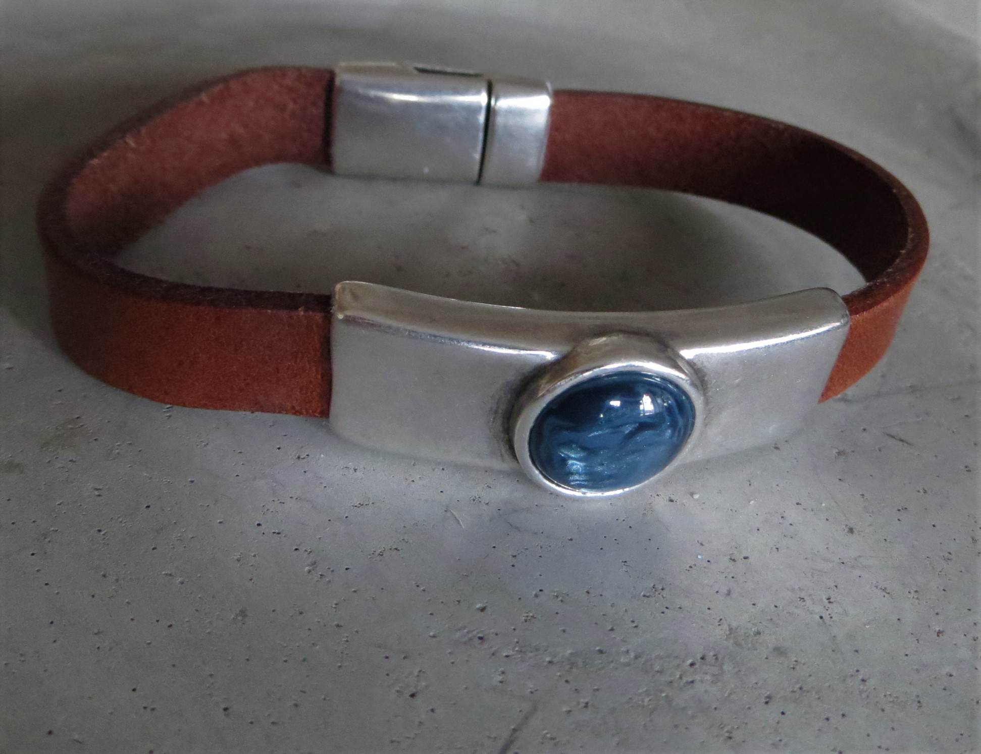 Armbaender - QOSS Armband DANI Braun Jeansblau XL  - Onlineshop Tante Emmer