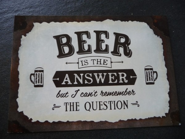 """Postkarte """"BEER IS THE ANSWER but I can't remember THE QUESTION """" Vintage Art"""