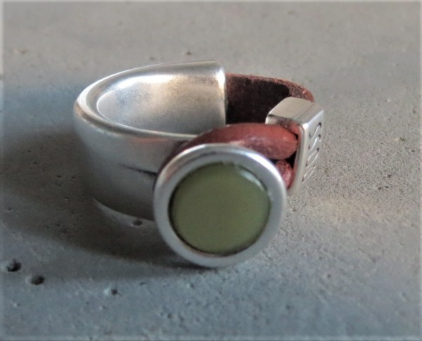 QOSS Fingerring GWEN braun-vintagegrün M
