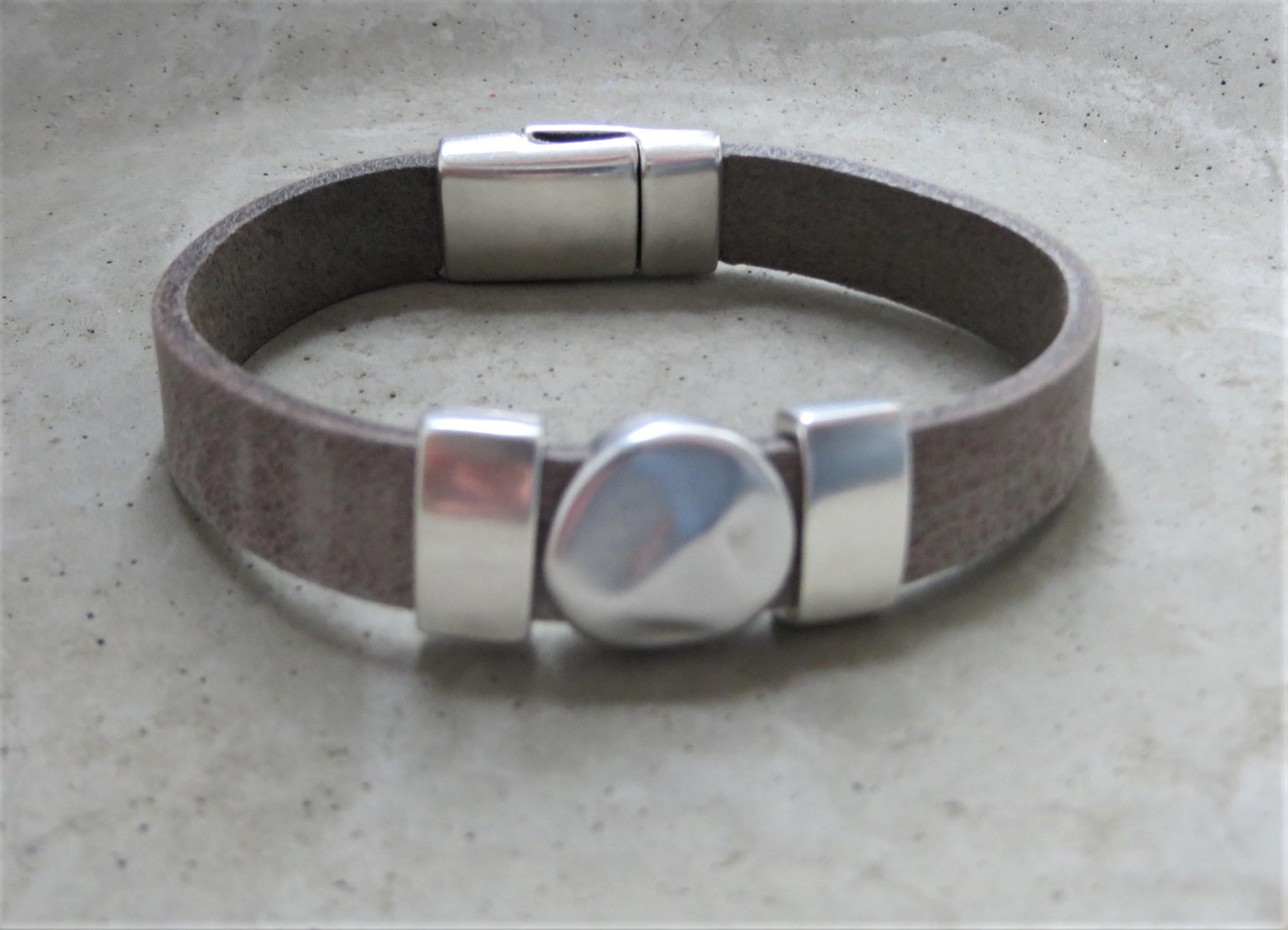 Armbaender - QOSS Armband KIM Grau Silber M  - Onlineshop Tante Emmer