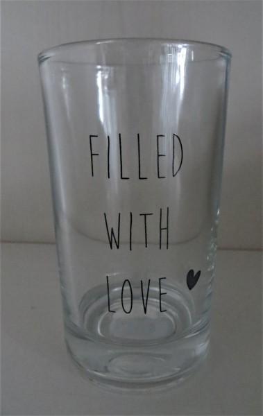 """Wasserglas / Trinkglas mit Herz und Aufschrift """"Filled with love"""""""