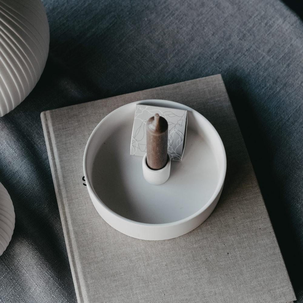 Nützlichdekoration - STORM Kerzenhalter für Stabkerze 15 cm Beige Storefactory - Onlineshop Tante Emmer