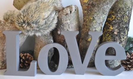 Ausgefallenromantisches - Schriftzug LOVE graubraun MADLEYS - Onlineshop Tante Emmer