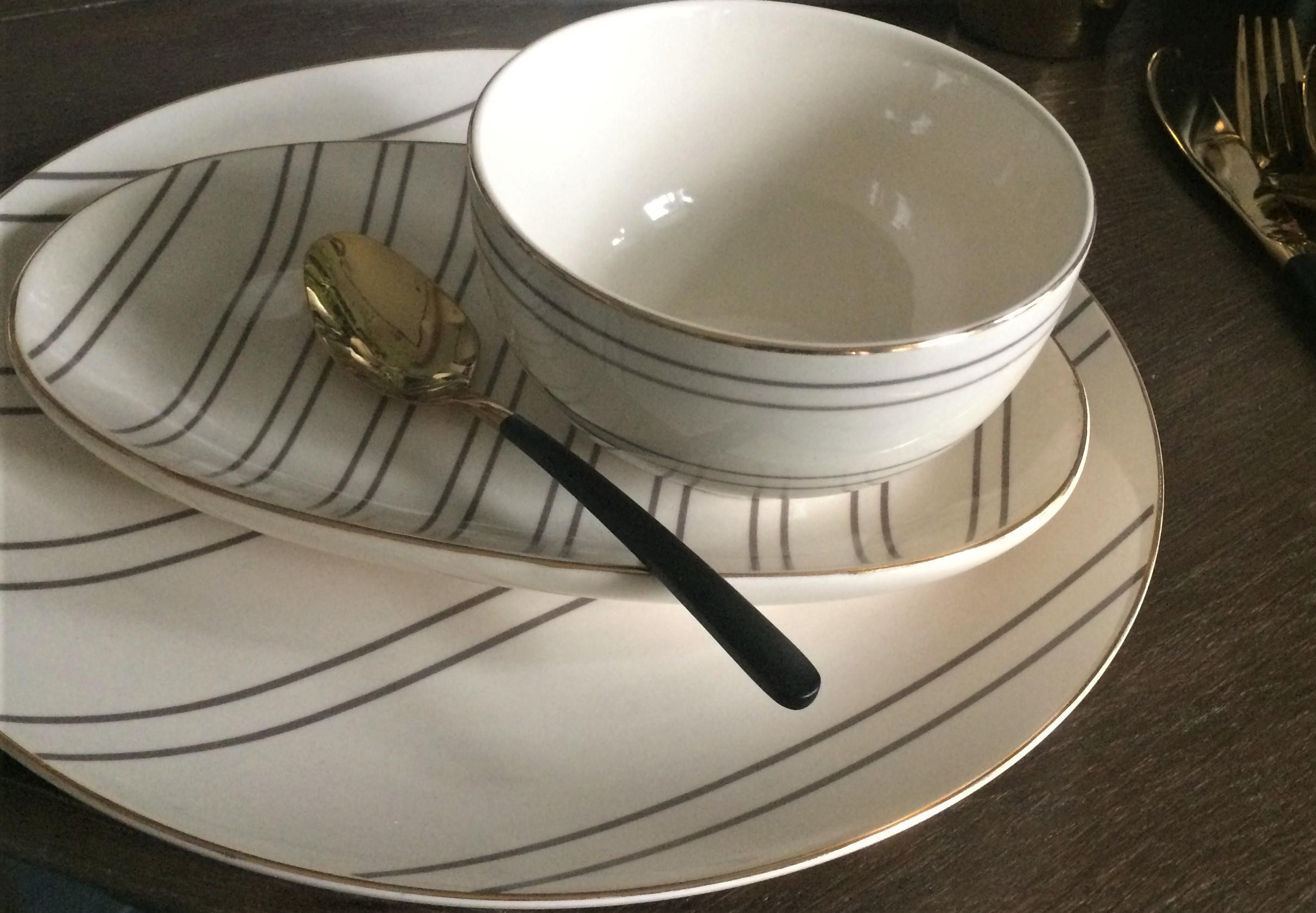 Nützlichküchenaccessoires - Bloomingville Schüssel Schale Ava natur mit Goldrand 115cm - Onlineshop Tante Emmer