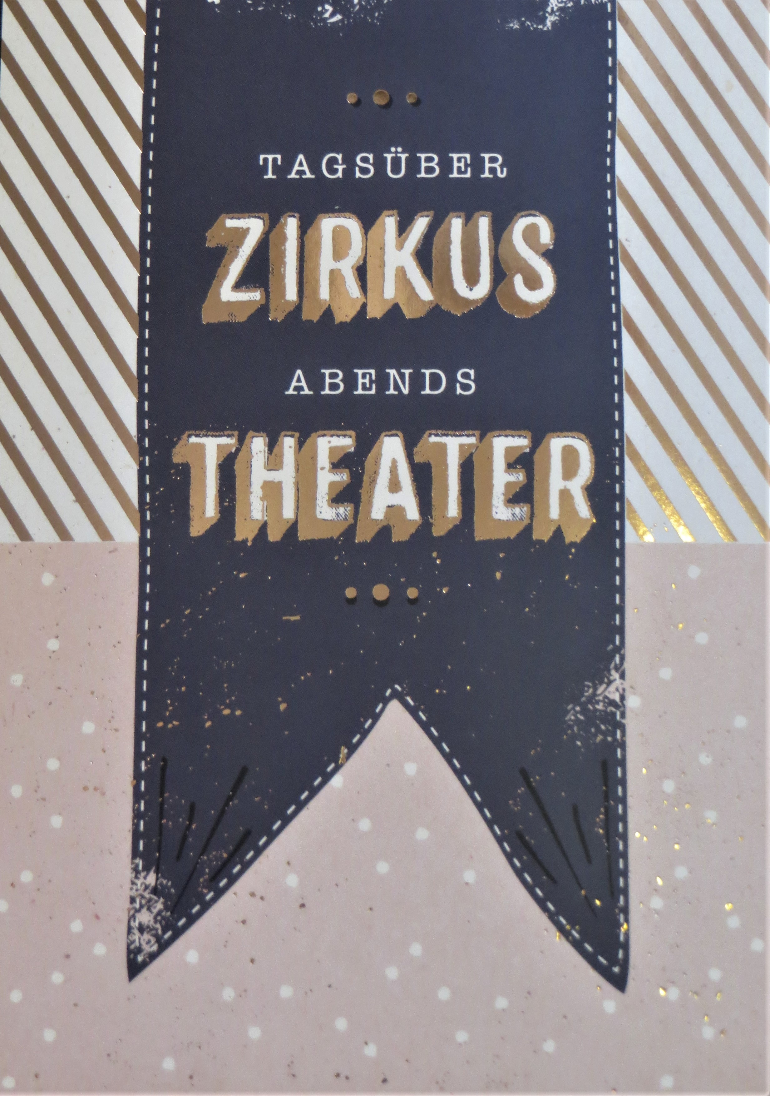 Postkarte Tagsüber Zirkus Abends Theater... VintageArt