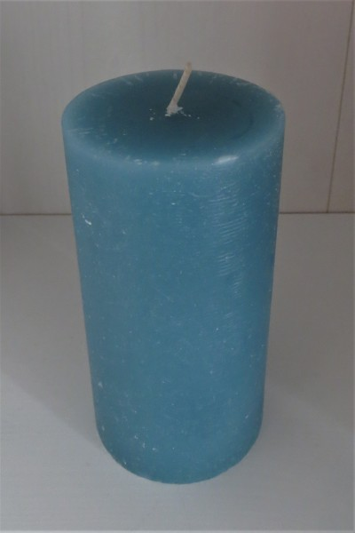 Stumpenkerze seeblau, Höhe 13,5 cm
