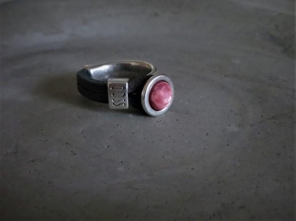 QOSS Fingerring GWEN Vintage-Schwarz/ Rosa matt, L