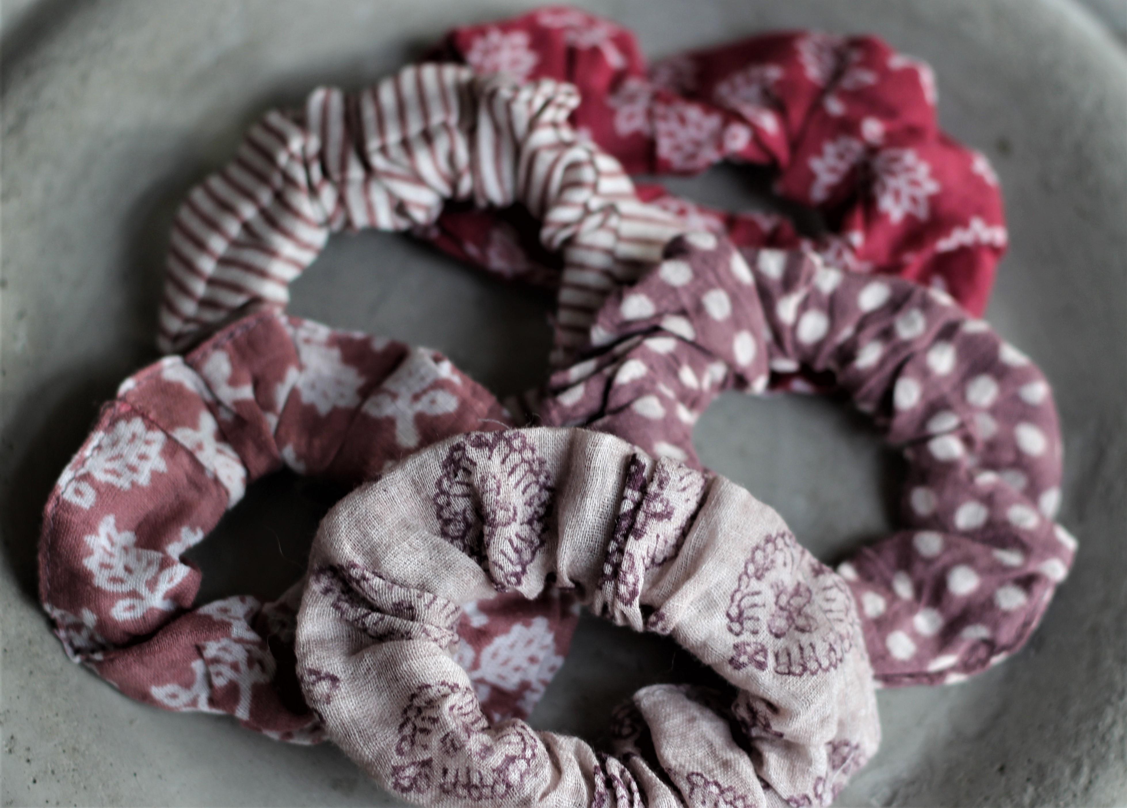 - Haargummia Scrunchies Lila Creme 5er Set IB Laursen - Onlineshop Tante Emmer