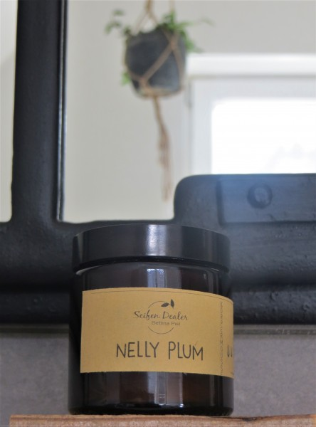 Körpermousse NELLY PLUM (Pflaume, Himbeere, Patchouli)
